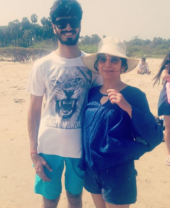Sakshi and Pranav, the travelling couple